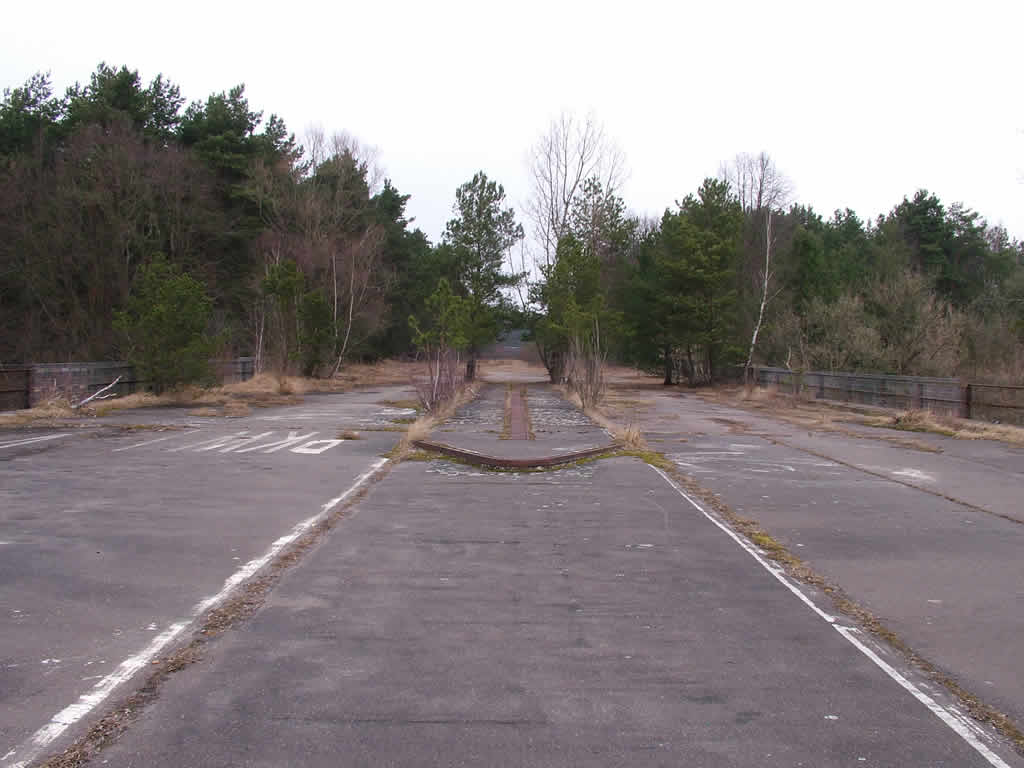 Photo: Abandoned Autobahn, Dreilinden