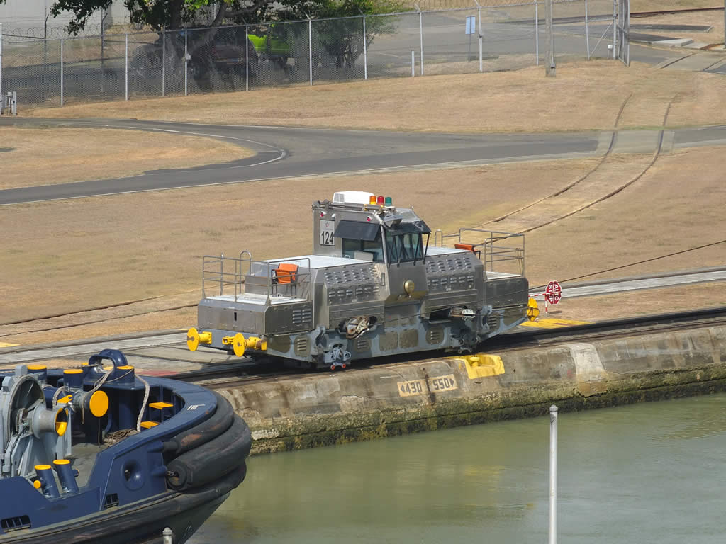 Photo: Miraflores Locks, Panama