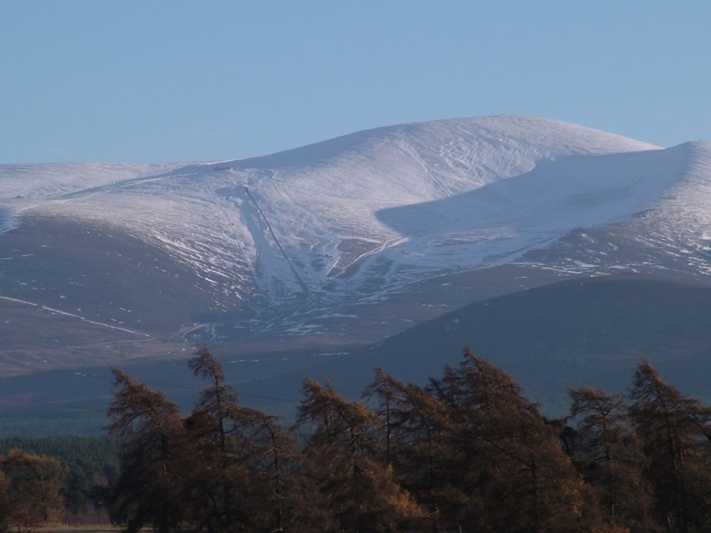 Photo: Cairngorms from Aviemore